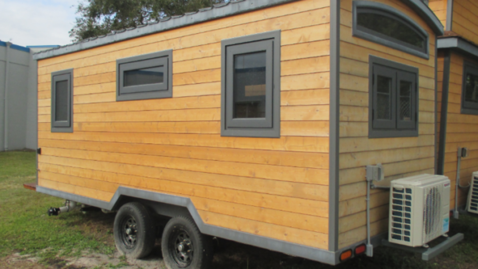 Mobile tiny houses in Maine hit a major roadblock | WGME on pod homes, 1000 sq ft. small homes, busses from tiny homes, tiny key west homes, 400 sq ft. small homes, tiny pueblo homes, mini custom homes,