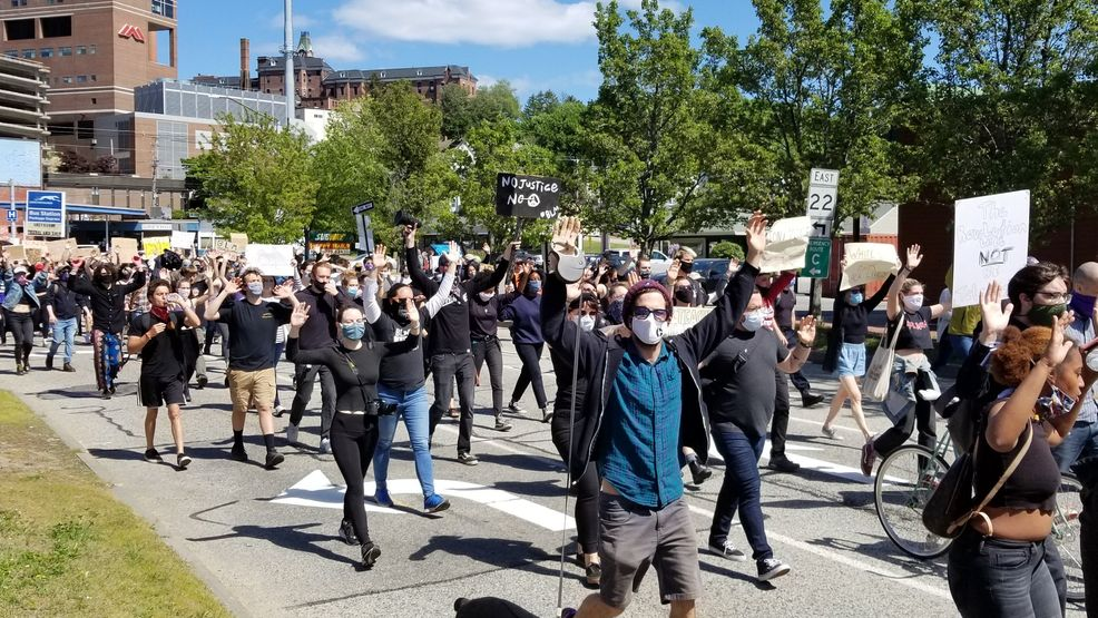 I can't breathe': Hundreds march in Portland protesting George ...