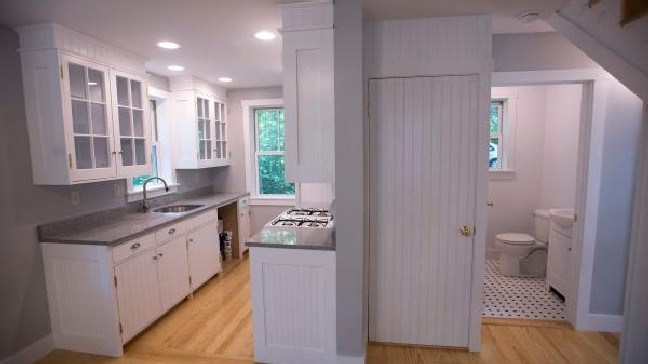 Small — but not tiny — houses right size for many | WGME